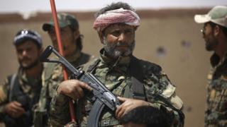 Wanajeshi wa Syrian Democratic Forces, wamekuwa wakiusogea mji wa Raqqa taratibu tangu mwisho wa mwaka jana