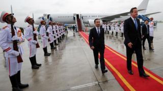 David Cameron arrives in Vietnam