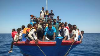 Abimukira bavuye Libiya baja mu Butaliyano