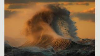 Водяні гори на озері Ері (Дейв Сендфорд)