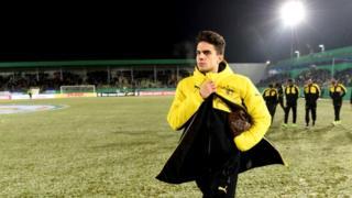 L'espagnol Marc Bartra, défenseur de Dortmund est sévèrement blessé