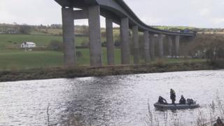 River Tay search