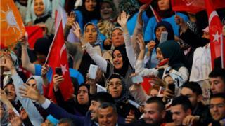 Son AKP kongresine katılan partililer