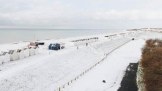 Snow in Goring-by-Sea, West Sussex