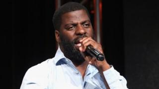 "Hip-hop artist, songwriter and activist Che ""Rhymefest"" Smith performs at The Beverly Hilton Hotel."