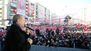 President Erdogan campaigning in Turkey before April's referendum, 17 February 2017