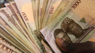 Nigeria foreign reserve don rise go 42.8 billion dollars.