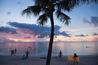 グアムは美しいビーチで知られる
