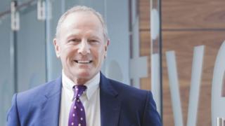 رجل الأعمال البريطاني ديفيد هاريسون