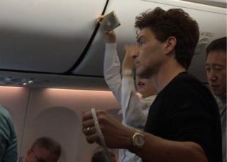ريتشارد ماركس في الطائرة