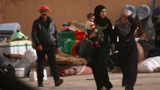 Tel Rıfat'a kaçan siviller