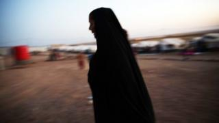 A displaced Iraqi woman in one of the refugee camps.