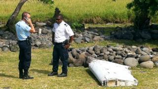 到目前为止,仅有20件找到的物品被指肯定或很有可能属于失联的马航MH370 客机。
