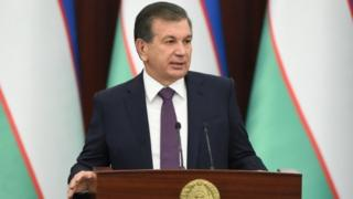 """Prezident Mirziyoyev xavfsizlikka tahdidlarni """"oʻziniki va oʻzgalarniki"""" deb ajratishdan voz kechishga chaqirdi"""