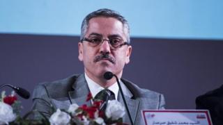 Le président de l'Instance chargée des élections en Tunisie, Chafik Sarsar et douze membres de cette institution ont démissionné de leurs fonctions