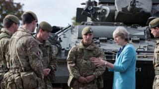 тереза мэй, британская армия, права человека