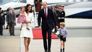威廉和凱特全家出訪波蘭
