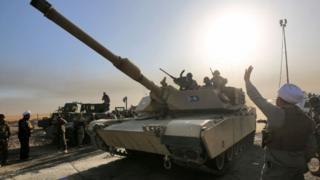 Wanajeshi wa Iraq wakaribia Mosul baada ya kuwalemea wapiganaji wa Islamic State