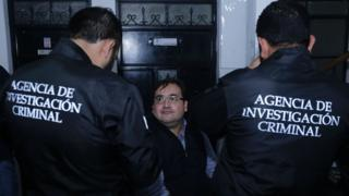 Javier Duarte, the former governor of the Mexican state of Veracruz, sits handcuffed following his arrest in Panajache municipality, Solola departament, Guatemala, 150 km west of Guatemala City on April 15, 2017.
