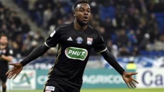 Cornet, formé à Metz, a porté 52 fois le maillot des Bleus, des moins de 16 ans jusqu'aux Espoirs, où son dernier match remonte à septembre 2016.