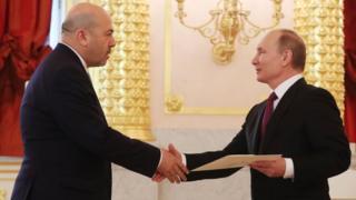 گری کورن سفیر اسرائیل در مسکو استوارنامهاش را شانزدهم مارس امسال در مراسمی در کاخ کرملین به ولادیمیر پوتین داد