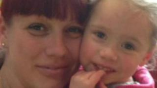 Lilly-May Page and mum