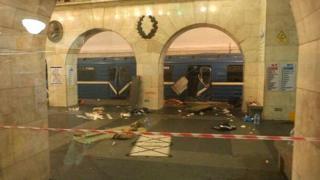 последствия взрыва в метро Петербурга