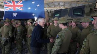 د استرالیا لومړي وزیر مالکولم ټرنبول تېره میاشت افغانستان کې له خپلو پوځيانو سره وکتل