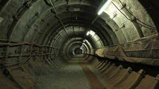 Туннель шахты