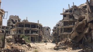 منازل مدمرة في مدينة حمص