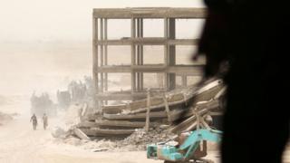 Collapsed building in Falluja, 18 June