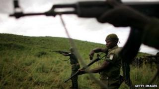 Ciidanka Uganda ayaa ADF u eryey dhinaca Koongo