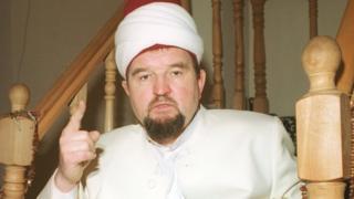 Бывший имам Махмуд Велитов