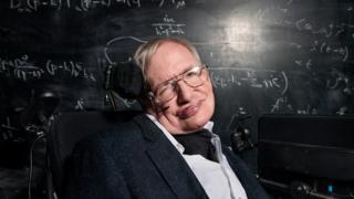 عالم الفيزياء البريطاني ستيفن هوكينغ