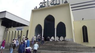 The national Baitul Mukarram mosque in Dhaka