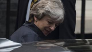 British Prime Minister Theresa May leaves her London residence, 10 Downing Street in central London, Britain, 16 October 2017 to travel to meet EU leaders in Brussels over dinner
