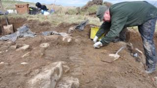Archaeologists working at Burn of Swartigill