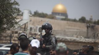 İsrail polisi Cuma günü Mescid-i Aksa'da