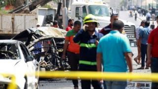 وقع التفجيران خلال المساء الذي يشهد ازدحاما في المناطق التجارية بالتزامن مع شهر رمضان