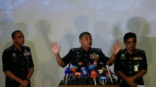الشرطة الماليزية تقول إن الدبلوماسي يشغل منصب أمين عام ثان في سفارة كوريا الشمالية في كوالا لامبور.