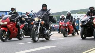 Isle of Man TT attracts thousands