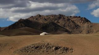 Монголія і гори