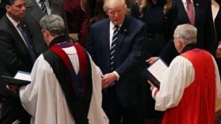 Трамп і священики