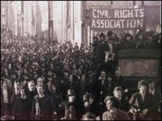 Civil rights campaigners march through Derry on Bloody Sunday