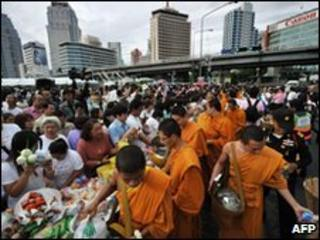 Monks in Lumpini Park, Bangkok, on 26 May 2010