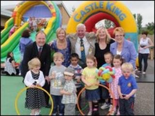 Council officials with staff and children at Cathkin Community Nursery