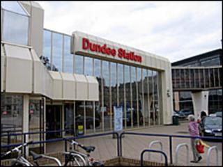 Dundee railway station