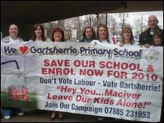 Parents opposed to the closure of Gartsherrie Primary
