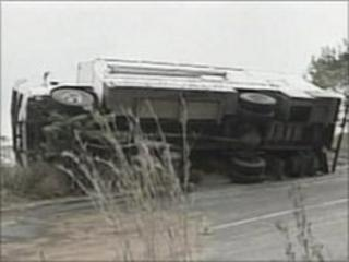 Student's overturned bus in South Africa