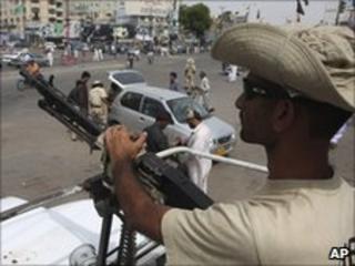 Pakistani paramilitary soldiers in Karachi